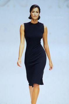 90s Models, Runway Models, Vintage Couture, Vintage Fashion, Victoria Secret Catalog, Total Black, Classy Women, Fashion Lookbook, Ysl