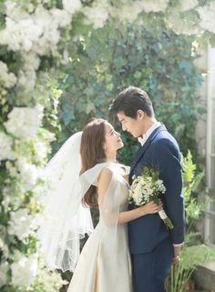 Blooming Days Korean Pre-wedding Photography by RaRi Studio on OneThreeOneFour 27 Pre Wedding Photoshoot, Wedding Poses, Wedding Shoot, Wedding Couples, Wedding Hair, Wedding Dresses, Wedding Ceremony, Wedding Tips, Korean Wedding Photography