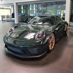 Porsche 911 Cabriolet, Porsche 911 Targa, Porche 911, Porsche Cars, Bugatti Veyron, Mercedes Wallpaper, National Car, Cadillac, Vintage Porsche