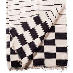 Khasa Style blanket made by the Fulani weaver of Mali. Strip-woven wool with geometric motifs.
