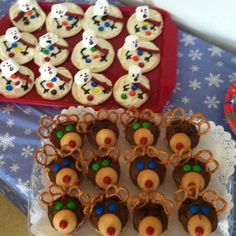 Melted Snowman Cookies & Rudolph Cupcakes Melted Snowman Cookies, Christmas Recipes, Gingerbread Cookies, Holiday Ideas, Cupcakes, Party, Desserts, Food, Gingerbread Cupcakes