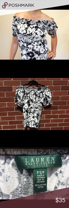 Ralph Lauren Off the Shoulder Floral Top Black and white Off the shoulder top by Lauren Ralph Lauren. Really cute and breathable for summer. This really seems to go with everything and has a quality feel. The material really doesn't wrinkle much. Hardly worn and in excellent condition. Lauren Ralph Lauren Tops Blouses