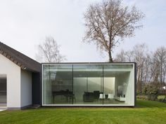 * Residential Architecture: Framework House by Cocoon Architecten Houses Architecture, Residential Architecture, Interior Architecture, Interior Design, Garden Office, House Extensions, Black Walls, Glass House, Prefab