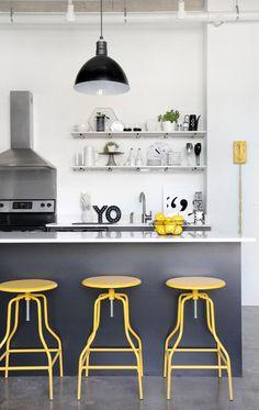 1-decoração-com-amarelo-cinza-e-branco-cozinha