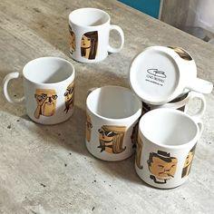Habemus canecas! Novidade que estará na Jardim Secreto Fair esse sábado das 12h às 20h no MIS em Sampa. . . . #jardimsecreto #jardimsecretofair #jd_secreto #feira #arte #artistas #handmade #caneca #cafe #ilustra #illustration #draw #mug #coffeemug #faces #art