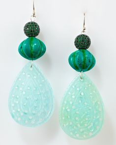 Big long dangly drop earrings with carved onyx di MargoCreations, $450.00