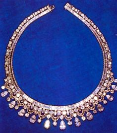 Diana borrowed from the Queen; It had been a gift from King Faisal of Saudi Arabia in 1967. Several of the ladies of the royal family have worn it, the last being Sophie Countess of Wessex in 2012.