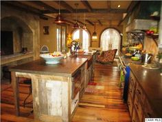 i love the big kitchen islands that can also act as a table!