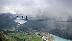 Wandern mit außergewöhnlicher Perspektive - Foto: Falkeblikk AS