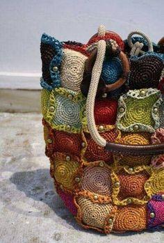 Free Crochet Bag Patterns Part 15 - Beautiful Crochet Patterns and Knitting Patterns Art Au Crochet, Beau Crochet, Crochet Tote, Freeform Crochet, Crochet Handbags, Crochet Purses, Love Crochet, Beautiful Crochet, Crochet Crafts