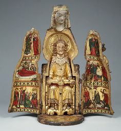 Medieval shrine from the MET Museum Religious Icons, Religious Art, Madonna, Images Of Mary, Sculptures Céramiques, Medieval Art, Kirchen, Christian Art, Our Lady