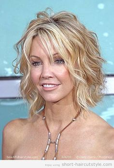 best-short-curly-haircuts-for-round-faces-11.jpg 428×630 pixels