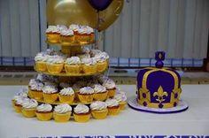 Resultado de imagem para royal prince baby shower cakes