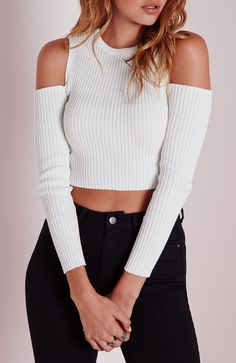 Can a girl be both lovely and sexy? Of course. This Chic Off-the-Shoulder Ribbed Sweater can make it! Find it at OASAP! Free shipping worldwide.