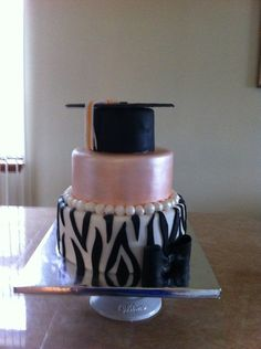 Graduation cake Graduation Cake, Graduation Celebration, Celebration Cakes, Buttercream Decorating, Cake Decorating, Beautiful Cakes, Amazing Cakes, Dental Cake, Congratulations Cake