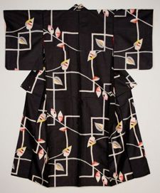The Brauer Museum of Art's Exhibit: Meisen Kimono, second quarter of 20th century. Silk with red silk lining. Motif: ivy and lattice. From the collection of Katherine E. Kuster.