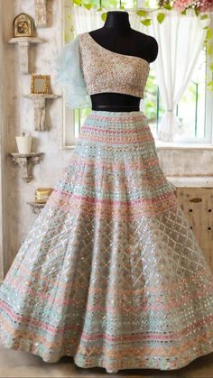 Party Wear Indian Dresses, Indian Gowns Dresses, Indian Bridal Outfits, Indian Bridal Fashion, Dress Indian Style, Indian Fashion Dresses, Indian Designer Outfits, Party Wear Lehenga, Stylish Dresses For Girls