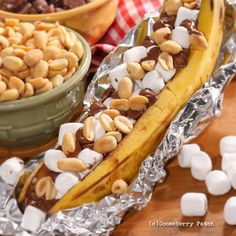 Gooseberry Patch Recipes: Fireside Banana Splits from our new cookbook 150 Backyard Cookout Recipes Backyard Cookout, Cookout Food, Grilling Recipes, Cooking Recipes, What's Cooking, Pie Iron Cooking, Campfire Food, Campfire Recipes, Delicious Desserts