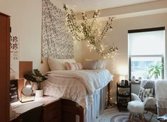 50 Totally Smart DIY College Apartment Decoration Ideas On A Budget. 50 Totally Smart DIY College Apartment Decoration Ideas On A Budget. It cannot be denied that living on an apartment is the reflection of simplicity. But, we have to be smart … Uni Room, College Dorm Rooms, College Dorm Storage, College House, College Apartments, Child's Room, College Life, Apartment Decoration, Dorms Decor