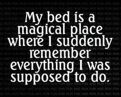 Slecht in slaap vallen. Ken je dit? Zodra je in bed gaat liggen niet kunnen slapen omdat je je ineens bedenkt wat je allemaal nog moet doen of al had moeten doen? #slapen #slaapproblemen #stress