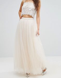 http://www.asos.fr/little-mistress/little-mistress-jupe-longue-en-tulle/prd/5426954?iid=5426954