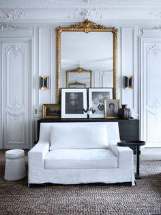 Historic Parisian Apartment With Contemporary ArtStudioAflo | Interior Design Ideas | StudioAflo | Interior Design Ideas