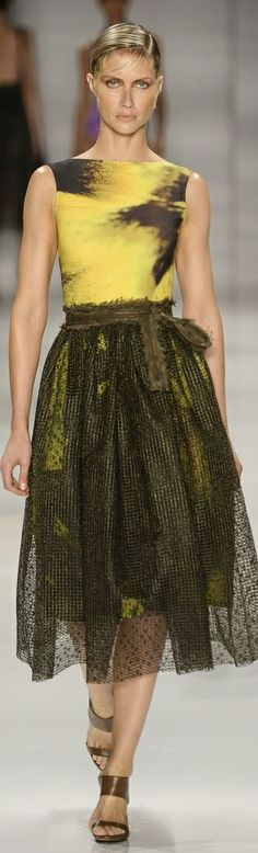 Lenny Niemeyer RTW Summer 2015 ~ Rio de Janeiro. If it were something other than yellow I'd completely adore it.
