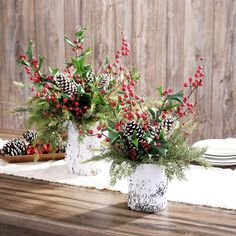 Birch Centerpieces, Winter Centerpieces, Birch Decorations, Green Christmas, Rustic Christmas, Winter Christmas, Winter Floral Arrangements, Christmas Flower Arrangements, Christmas Flower Decorations