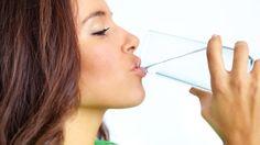 Buenos días! Todos sabemos que debemos beber agua, pero sirve para adelgazar? Descúbrelo en mi artículo de hoy http://granyagonzalez.com/2013-01-07-16-12-15/articulos-de-prensa/246-beber-agua-ayuda-a-bajar-de-peso