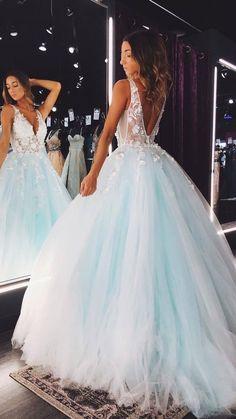 Stunning Prom Dresses, Pretty Prom Dresses, V Neck Prom Dresses, Ball Gowns Prom, Dream Wedding Dresses, Dress Prom, Party Dresses, Prom Dreses, Different Prom Dresses