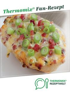 Tarte flambé / bun by A Thermomix ® recipe from the main course with vegetables category at www.de, the Thermomix ® Community. Tarte flambé / bun Anna thermomix Tarte flambé / bun by A Thermomix ® reci Pizza Recipes, Grilling Recipes, Meat Recipes, Seafood Recipes, Meat Appetizers, Appetizer Recipes, Snack Recipes, Dessert Recipes, Healthy Eating Tips