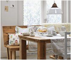 Madera y textiles primaverales para decorar
