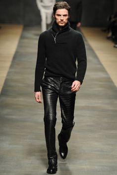 Not many men can pull off wearing leather pant, only a select few. A sexy,tall chiseled European would :)