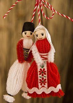 martenitsa An old bulgarian tradition – the Martenitsa. Eac… martenitsa An old bulgarian tradition – the Martenitsa. Each March bulgarians exchange these small decorations which symbolize the wish for good health. Yarn Crafts, Diy And Crafts, Crafts For Kids, Arts And Crafts, Wool Dolls, Yarn Dolls, Handmade Christmas Decorations, Christmas Crafts, Christmas Ornaments