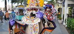 el Carnaval de Junkanoo es una fiesta anual llena de música, alegría y color.