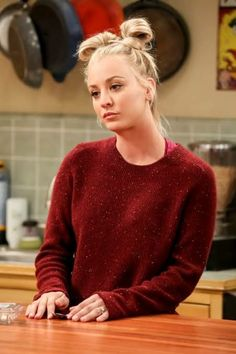 """""""Penny"""" The Big Bang Theory (Kaley Cuoco)You can find Kaley cuoco and more on our website.""""Penny"""" The Big Bang Theory (Kaley Cuoco) Big Bang Theory Penny, The Big Band Theory, Kaley Cuoco, Amy Farrah Fowler, Woman Crush, Beautiful Celebrities, Bigbang, Hairstyle, Celebs"""