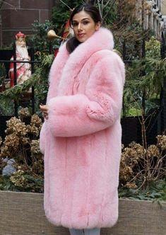 Fox Fur Coat, Fur Coats, Colorful Fur Coat, Fur Fashion, Womens Fashion, Fabulous Fox, Pink Fox, Lingerie, Fur Jacket