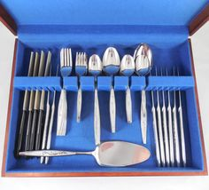 Vintage Carlton Woodcrest Stainless Flatware Set, Service for 8, 55 Piece Serving Set with Wood Case, Shiny Stainless Cutlery Set, Comes with 4