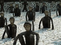 Rock Garden #India Estas divertidas esculturas forman parte de las muchas que se encuentran en el Rock Garden, también conocido como Nek Chand Rock Garden ubicado en Chandigarh, India. Foto: lionel.viroulaud - Flickr Mayura restaurante & lounge - Barcelona