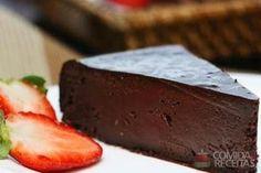 Receita de Torta de chocolate amargo em receitas de tortas doces, veja essa e outras receitas aqui!