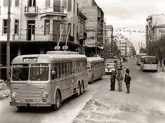 Greece Pictures, Old Pictures, Old Photos, Vintage Photos, Thessaloniki, Athens Greece, Old City, Public Transport, Historical Photos