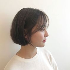 Japanese Short Hair, Korean Short Hair, Short Hair With Bangs, Cute Hairstyles For Short Hair, Girl Short Hair, Short Hair Cuts, Medium Hair Cuts, Medium Hair Styles, Curly Hair Styles