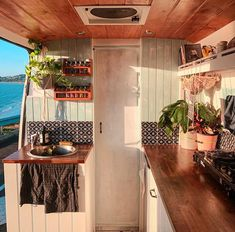 Van Conversion Interior, Camper Van Conversion Diy, Van Interior, Van Life, Van Living, Van Camping, Tiny House On Wheels, Indoor, Inspiration