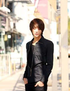 Lee Chi Hoon-Ulzzang Summer fashion This outfit looks awesome