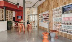 Office de Tourisme / Projet BOHDECO Jessica Ballion Ohana / Office de Tourisme de Beziers / Rouge / Colored office / Wood /