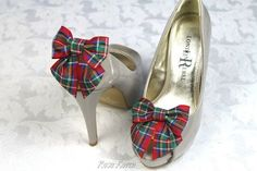 Or simply add a bow instead. | 26 Impossibly Beautiful Scottish Wedding Ideas