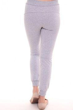Спортивные штаны А3487 Размеры: 42,44,46,48,50,52 Цвет: серый Цена: 450 руб.  http://optom24.ru/sportivnye-shtany-a3487/  #одежда #женщинам #спортивныештаны #оптом24