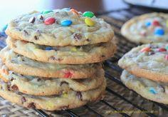 OMG! Soft-Batch Mini M&M & Chocolate Chip Cookiesqq