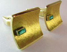 Men's 18k Emerald Cuff Links Circa 1950's