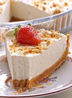 Easy Marshmallow Pie - Cakescottage